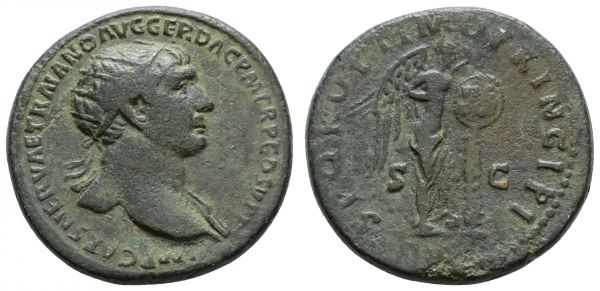Römer Kaiserzeit Trajanus, 98-117 Æ Dupondius Rom Av.: IMP CAES NERVAE TRAIANO AVG GER DAC P M TR P COS V P P, Büste mit Strahlenkrone, Rv.: SPQR OPTIMO PRINCIPI, im Feld S - C, stehende Victoria, hält Schild mit Inschrift VIC / DAC, dunkelgrüne Patina  14.71 g. selten ss+