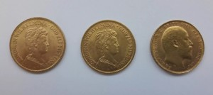 3 gold coins 10 Gulden x2 + 1 sovereign
